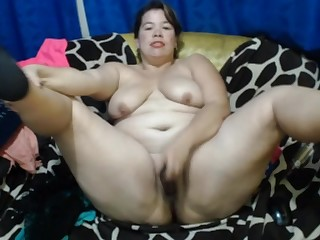 Mexican Mature EilianaXx Masturbating In Her Sofa - ANALDIN