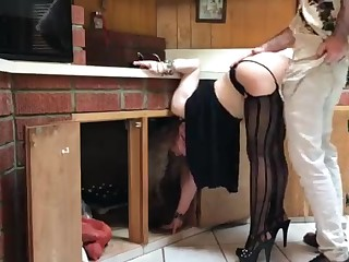 COUGAR stuck close by the kitchen drilled by neighbor (pin)