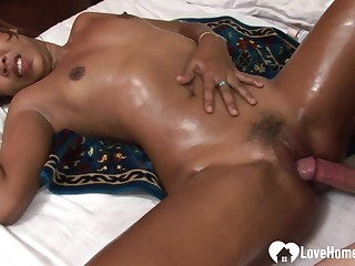 Slutty dark-skinned Japanese babe gets screwed abiding sex