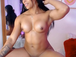 Latina Muscled Model Hot Solo Video