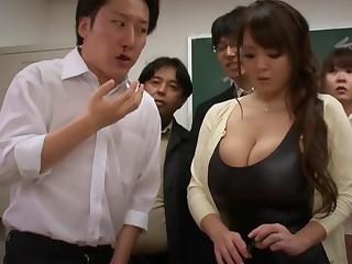 Big-Bosomed Asian Mature porn clasp - hitomi tanaka