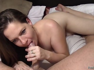 Sperm loving mommy - amateur POV intercourse