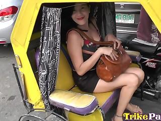 Filipina escort Maryann serves foreign caller at the highest level